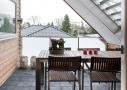 Parcelhus fra 1960'erne med vokseværk, fik hyggelige franske altaner