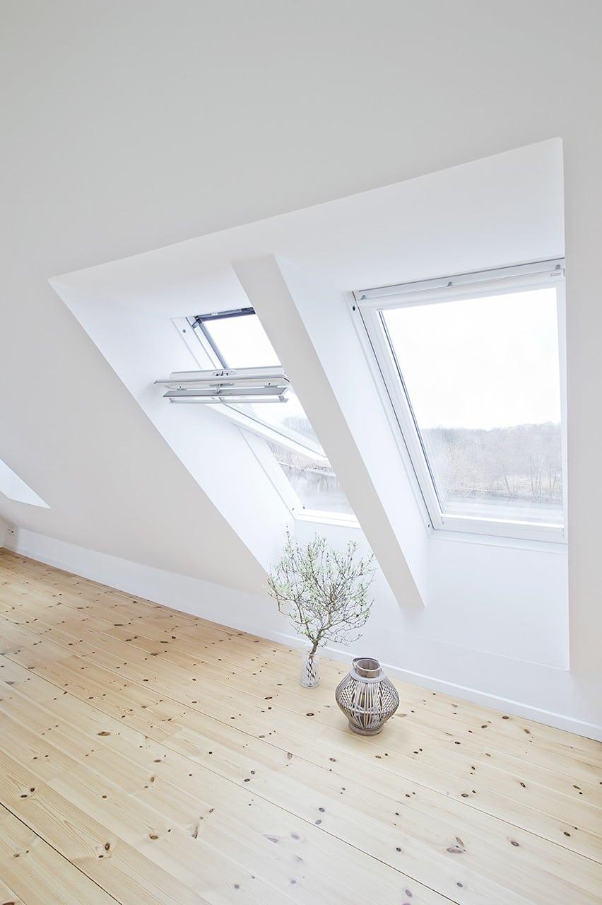 De nyetablerede ovenlysvinduer giver et fantastisk lys og kan anvendes som flugtvej.