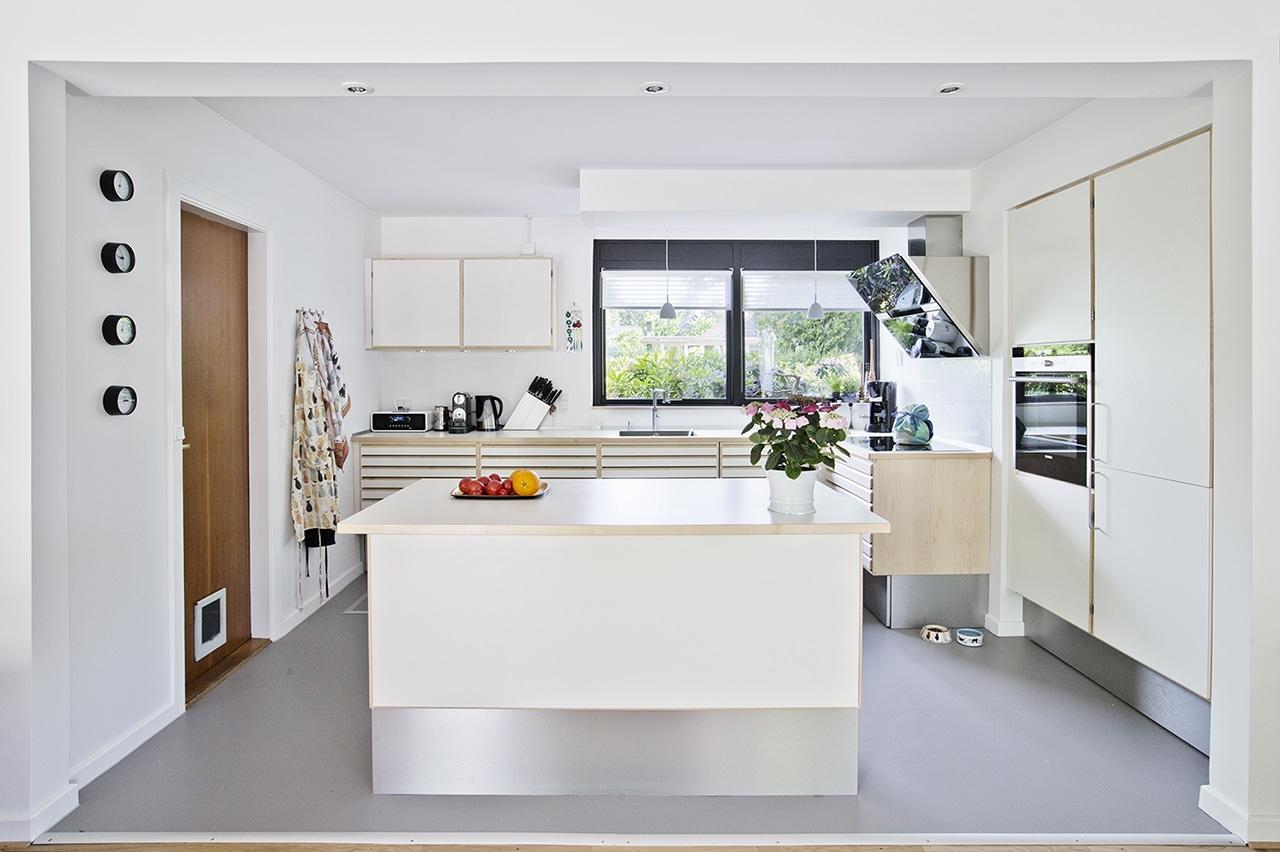 Med ombygningen af køkkenet har beboerne også fået langt større glæde af dagslyset, der kommer ind fra flere retninger.