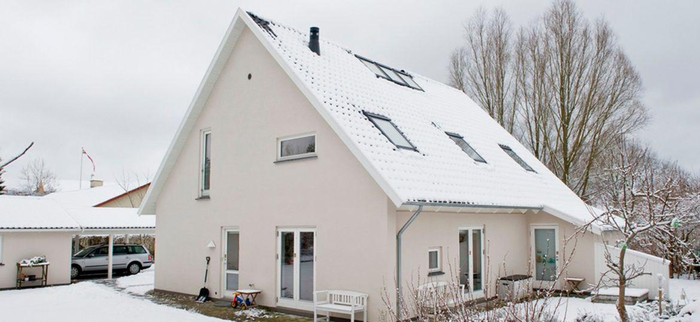 Fra-1950'er-hus-til-drømmebolig-i-to-etager-HeroFoto-1500x781px